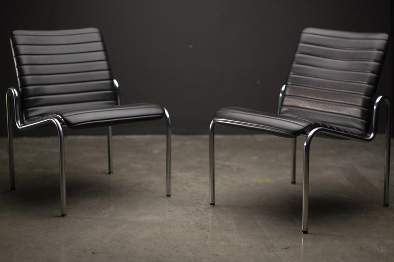 Dutch Easy Chairs 703 by Kho Liang Ie For Sale