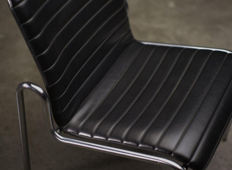 Easy Chairs 703 by Kho Liang Ie In Good Condition For Sale In Dronten, NL