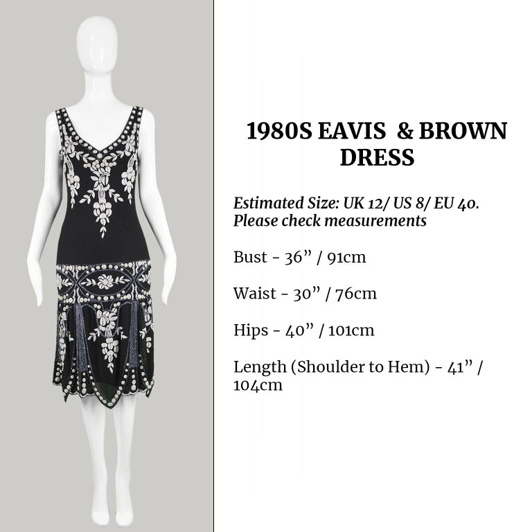 Eavis & Brown Vintage 1920s Art Deco Style Hand Beaded Silk Party Dress, 1980s For Sale 6