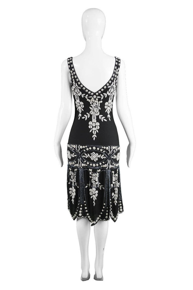 Eavis & Brown Vintage 1920s Art Deco Style Hand Beaded Silk Party Dress, 1980s For Sale 3