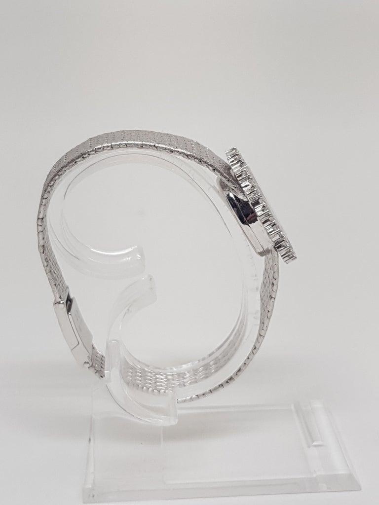 Ebel 18 Karat White Gold Diamond Vintage Ladies Watch In Excellent Condition For Sale In Antwerp, BE