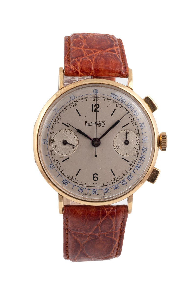 Eberhard & Co. Gold Chronograph with Register and Tachometer In Excellent Condition For Sale In Firenze, IT