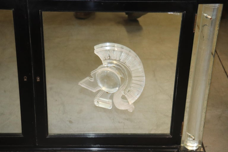 Ebonized Lucite Mirrored Lorin Jackson Grosfeld House Hollywood Regency Vitrine For Sale 4