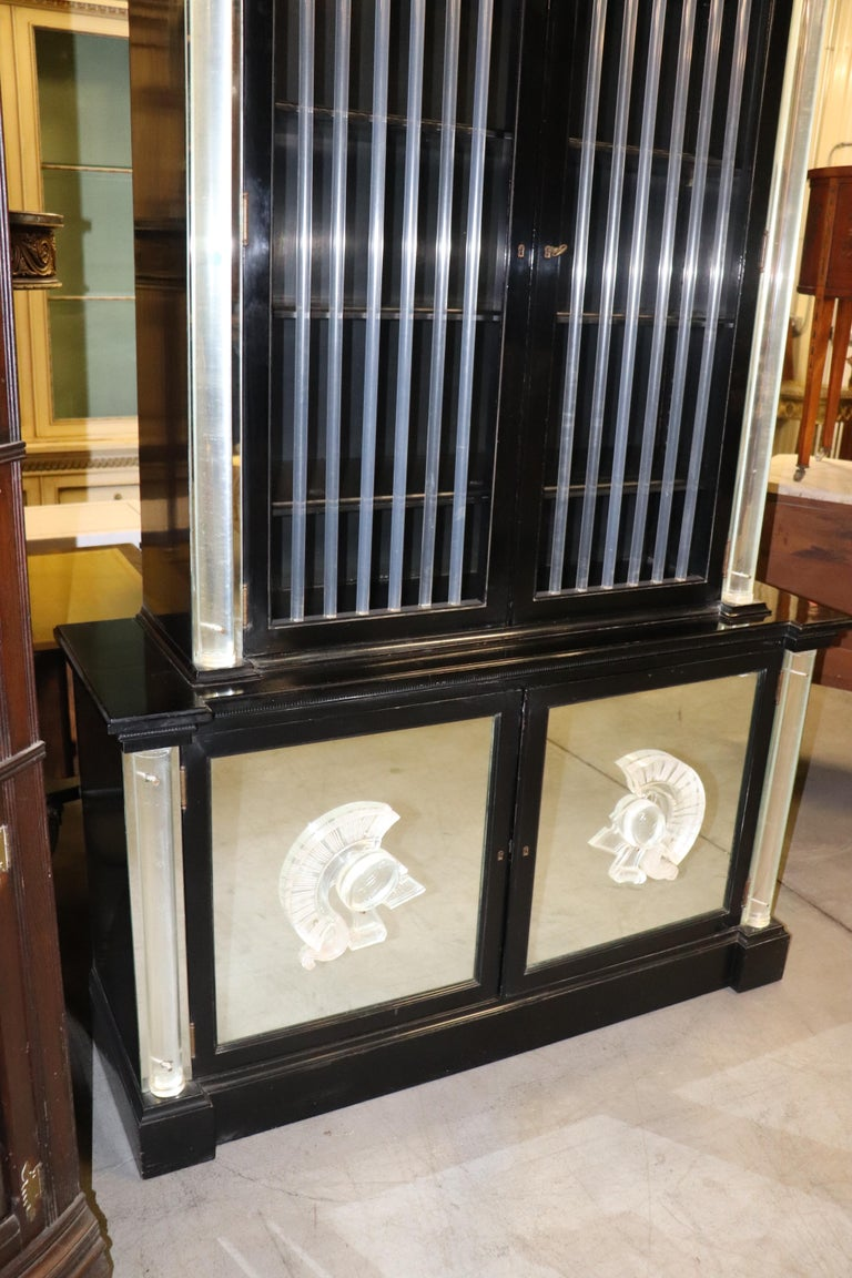 Ebonized Lucite Mirrored Lorin Jackson Grosfeld House Hollywood Regency Vitrine For Sale 1
