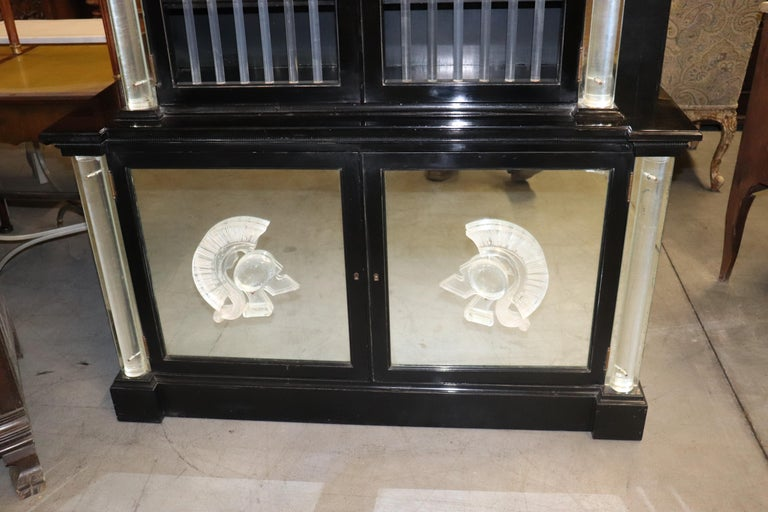 Ebonized Lucite Mirrored Lorin Jackson Grosfeld House Hollywood Regency Vitrine For Sale 3
