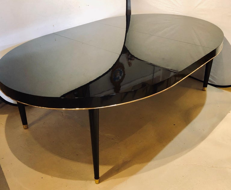 Ebony Lacquered Hollywood Regency Style Ralph Lauren Paris 1 Fifth Dining Table In Good Condition For Sale In Stamford, CT