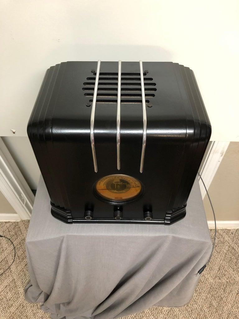 Metal Ebony Sparton 517-B Radio Walter Dorwin Teague Art Deco Design