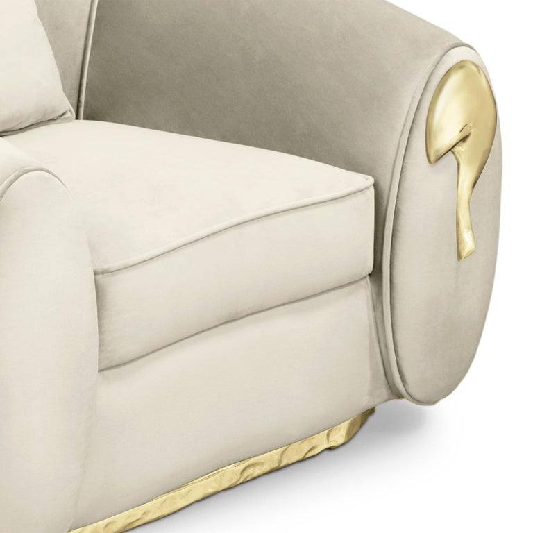 Eclat Armchair with Genuine Leather and Polished Brass For Sale 1