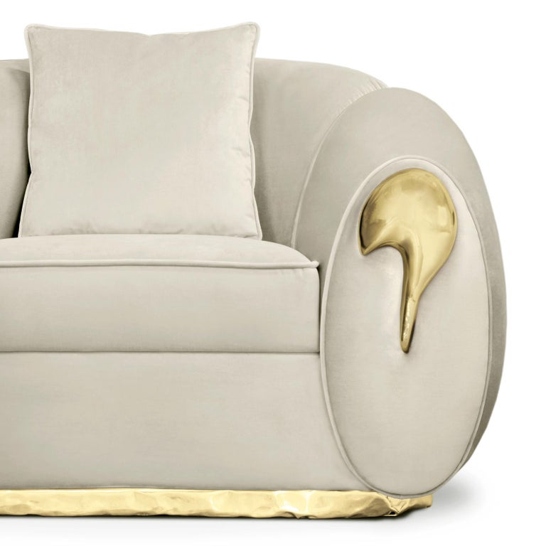 Eclat Armchair with Genuine Leather and Polished Brass For Sale 2