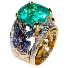 Édéenne 11.5 Carat Colombian Emerald, Sapphires, Diamond Gold Embroidery Ring