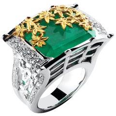 Édéenne 17.7 Carat Emerald 18K White Gold Signet Ring with Gold Japan Maple Leaf