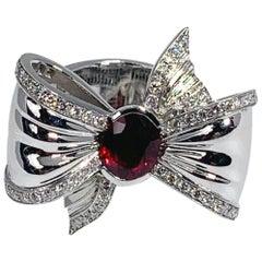 "Édéenne Ruby 18 Karat White Gold ""Ribbon Knot"" Ring"