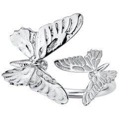 Two Butterfly 18 Karat White Gold Ring by Édéenne, Paris