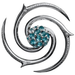 Édéenne White Diamond Brooch Transformable into an Illusion of a Blue Diamond
