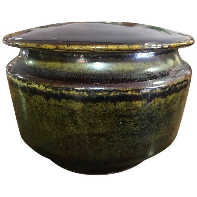 Edith Sonne Bruun Lidded Ceramic Vessel/ Bowl for Bing & Grøndahl, Denmark For Sale