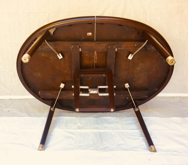 Hand-Crafted Edmond Spence Mahogany Dining Table Designed for Industria Mueblera, circa 1958 For Sale