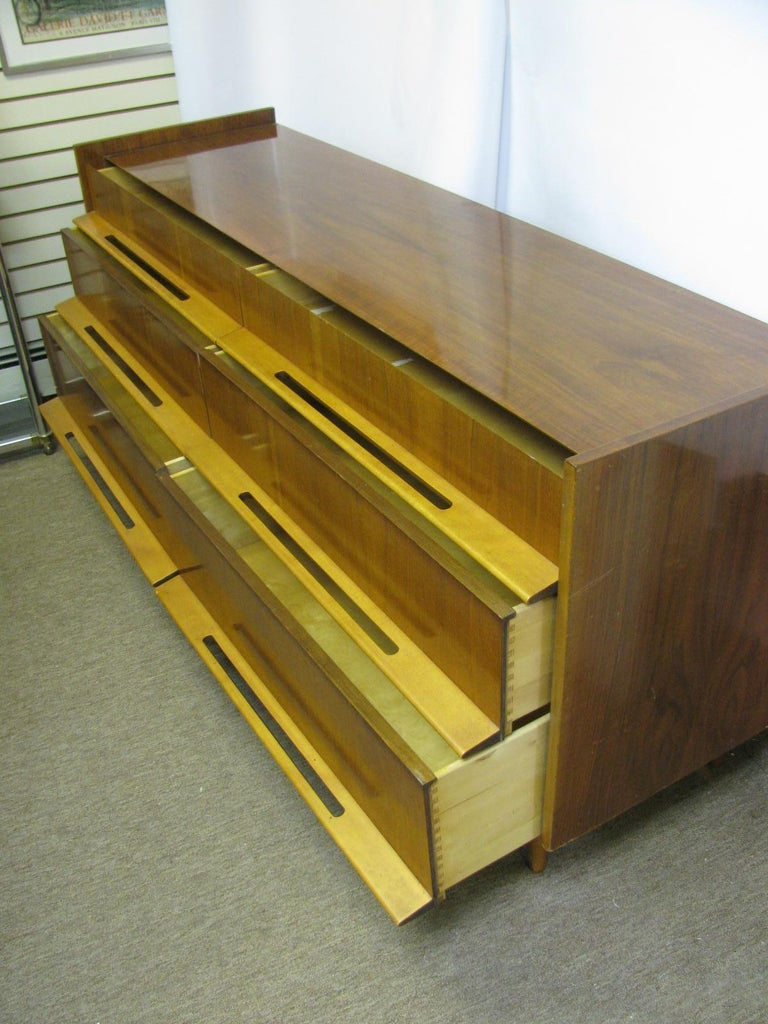 Edmond Spence Mid-Century Modern Long Dresser Walnut & Birch Made In Sweden For Sale 10