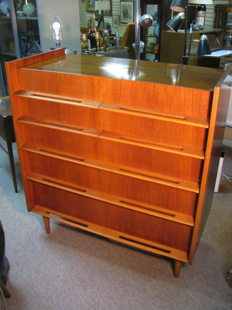 Edmond Spence Mid-Century Modern Walnut and Birch Tall Dresser Made in Sweden In Good Condition For Sale In Port Jervis, NY