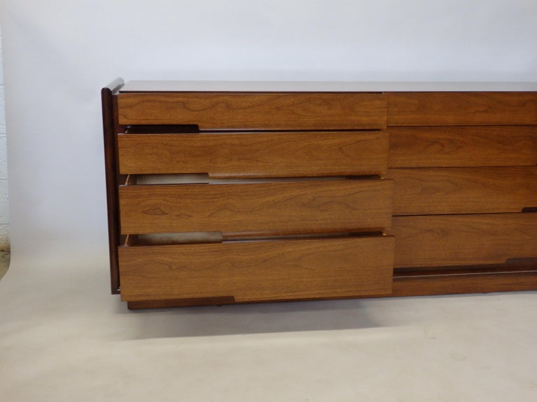 Edmund Spence Long Low Swedish Double Dresser with graduated drawers For Sale 3