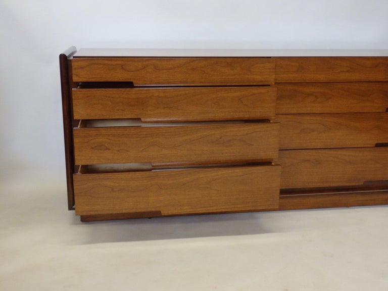 Edmund Spence Long Low Swedish Double Dresser with graduated drawers For Sale 2
