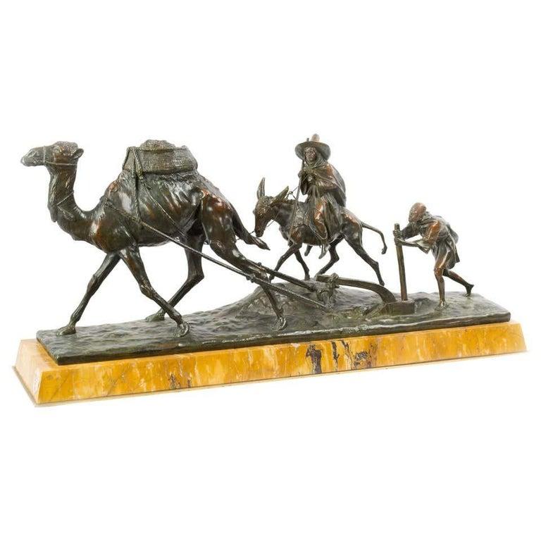 Edouard Drouot Figurative Sculpture - Paysans Arabes el Leur Dromadaire