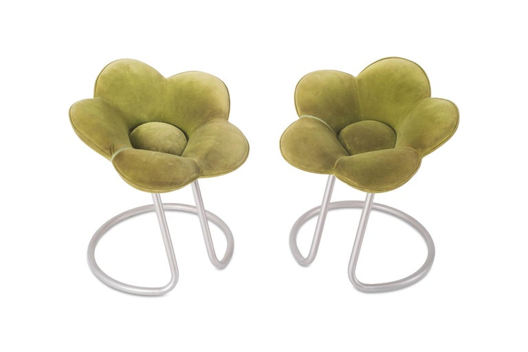 Contemporary Masanori Umeda low Soshun stools, made with a support frame in metal, coated metallic grey. The seat is in polyurethane foam and the upholstery in green velvet. For Edra, Italy 1990.
