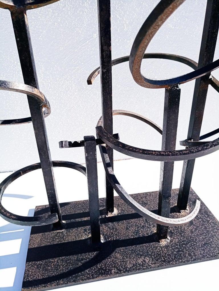 Eduardo Chillida Style Iron Sculpture, 1960s In Good Condition For Sale In L'Escala, ES