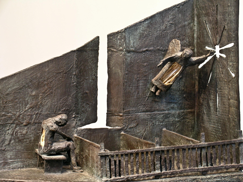 Contemplating the Angel by Eduardo Oropeza, bronze sculpture, angel, church