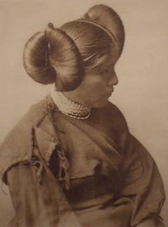 Edward Curtis, A Hopi Girl, Plate 406,  Photogravure on Holland Van Gelder paper