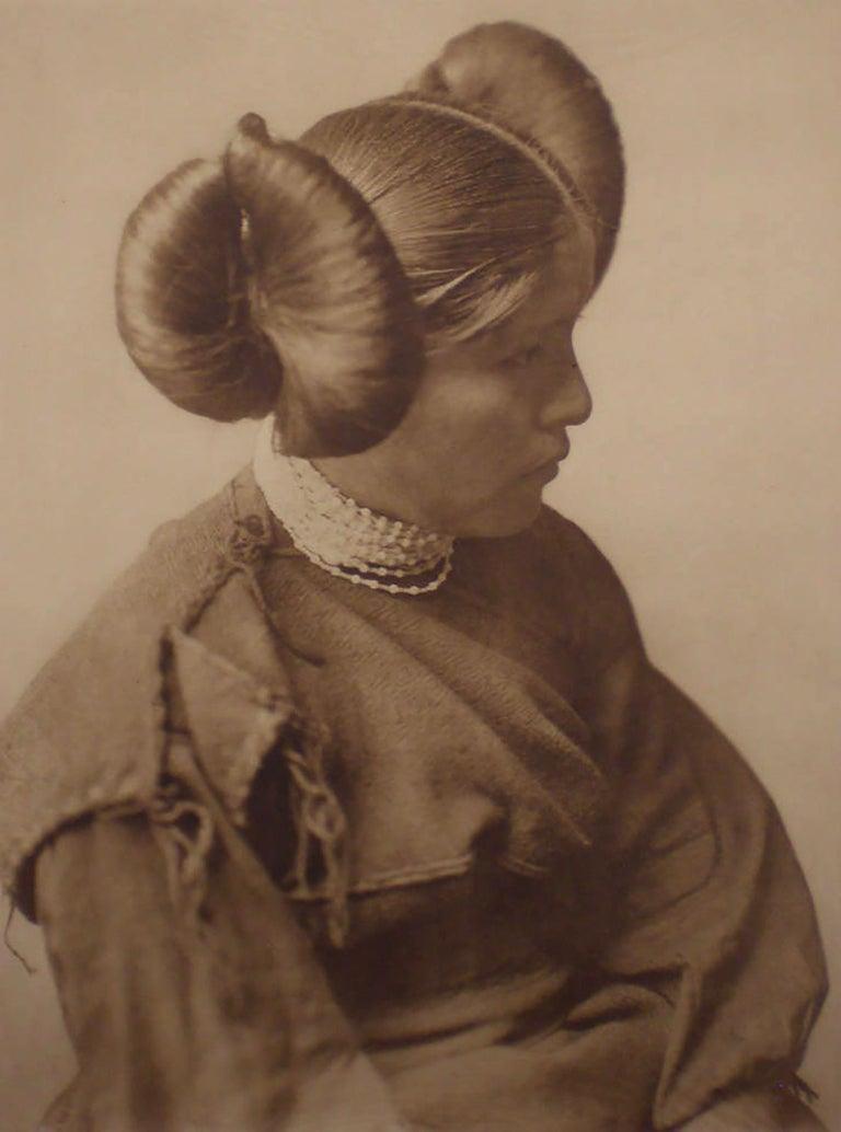 Edward Curtis, A Hopi Girl, Plate 406,  Photogravure on Holland Van Gelder paper - Photograph by Edward Curtis