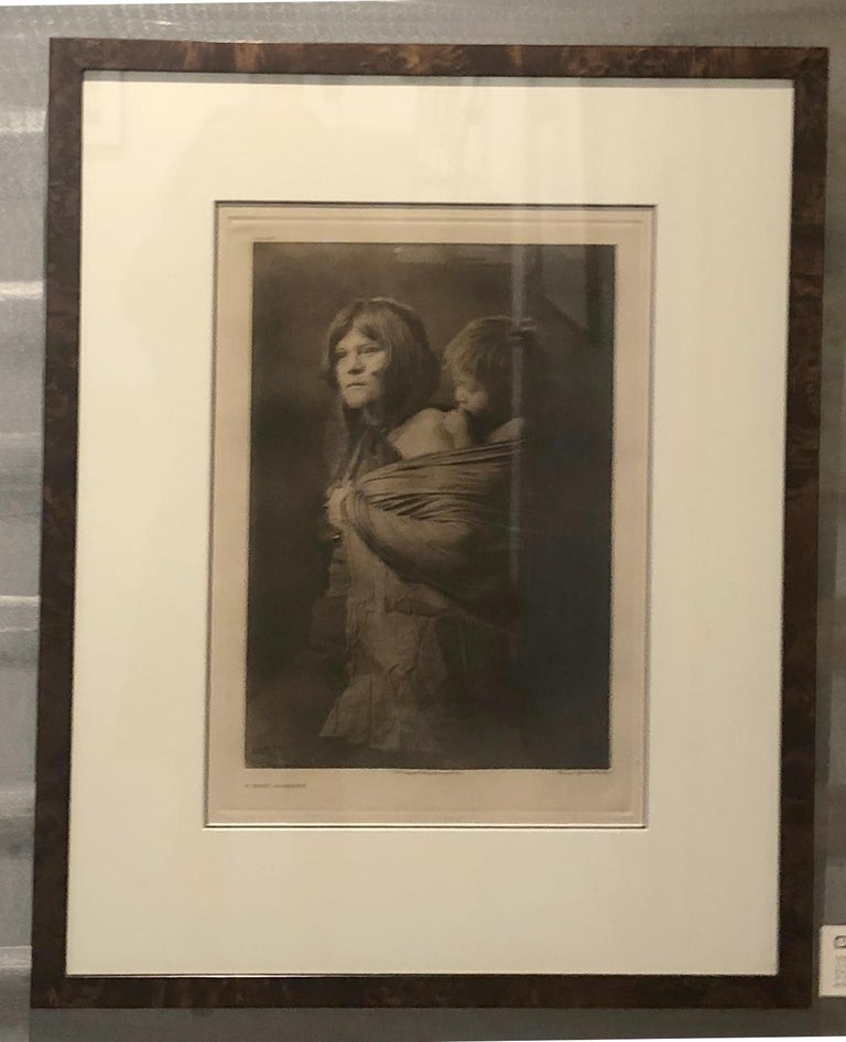 Edward Curtis, A Hopi Mother, Plate 403, Photogravure on Holland van Gelder For Sale 2