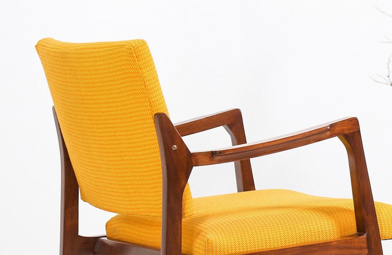 Edward J. Wormley Armchair for Dunbar In Excellent Condition For Sale In Los Angeles, CA