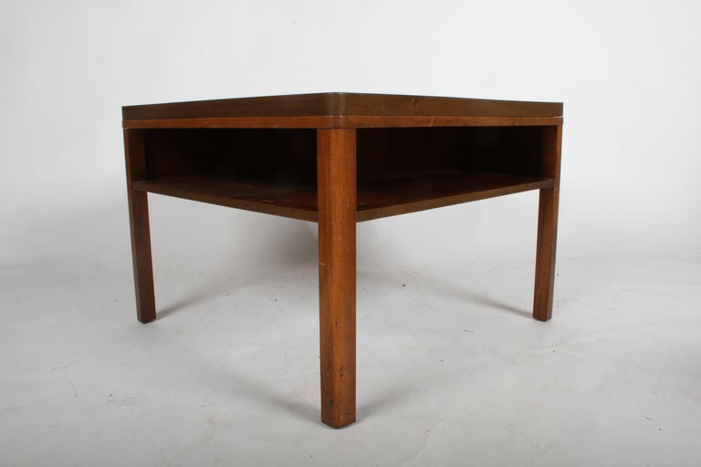 Edward J. Wormley for Dunbar, 1940s Bookshelf End Table In Good Condition For Sale In St. Louis, MO