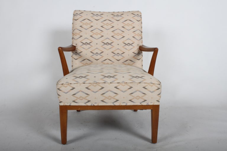 Single midcentury lounge or occasional chair by Edward J. Wormley for Dunbar for Modern line, circa 1950s. Model no. 4708. Reupholstered in the 1990s, foam is Fine upholstery should be updated. Wood is all original, shows scuffs, can be refinished