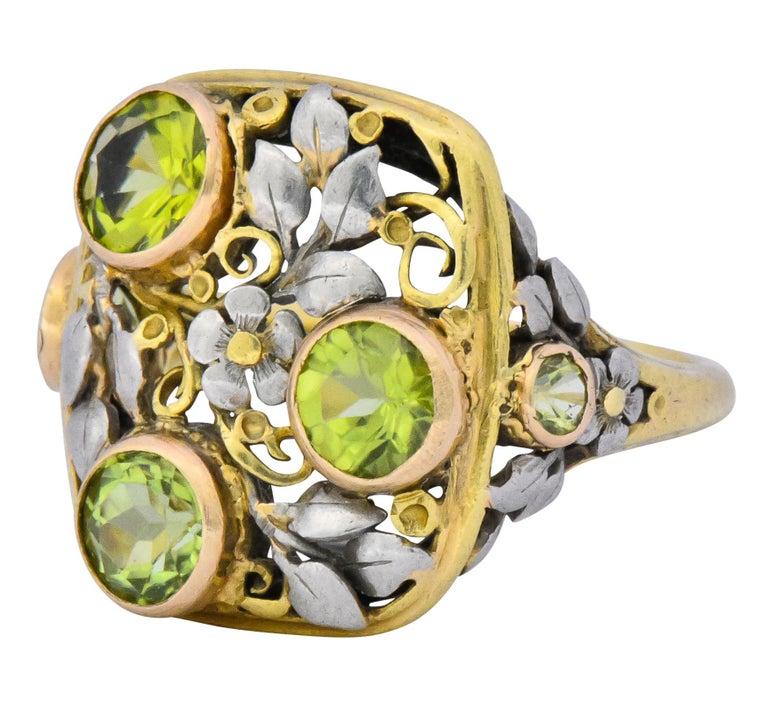 Women's or Men's Edward Oakes Arts & Crafts 2.15 Carat Peridot 18 Karat Two-Tone Gold Ring For Sale