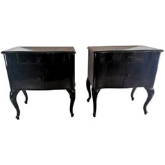 Edward VII English Pair of Black Mahogany Nightstands Lacquered, 1905-1909