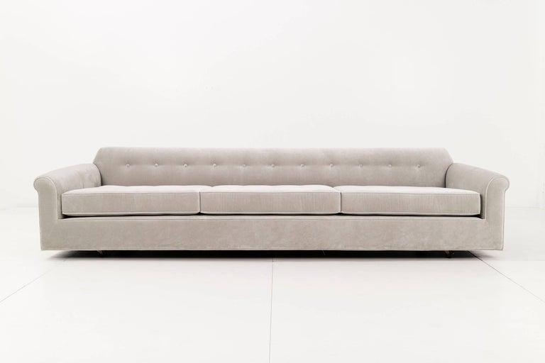 Edward Wormley for Dunbar. Monumental Big Texan sofa, deep roomy button tufted deck and seat included six back pillows 3