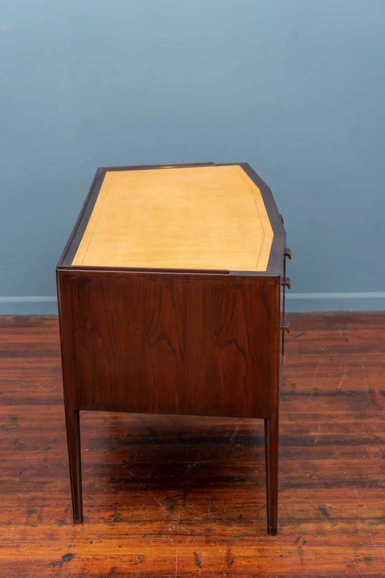 Edward Wormley Desk for Dunbar For Sale 4