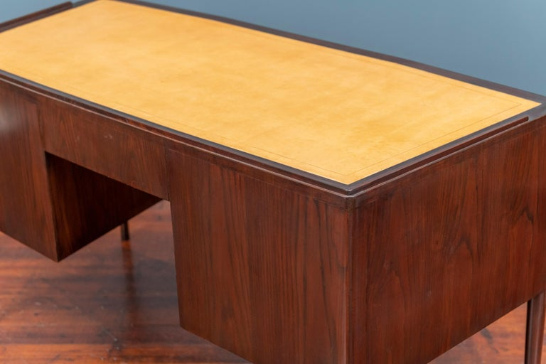 Edward Wormley Desk for Dunbar For Sale 6