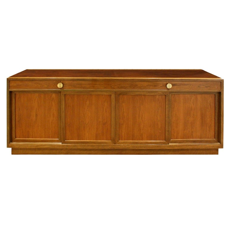Edward Wormley Elegant Credenza in Walnut and Mahogany 1960s, Signed For Sale