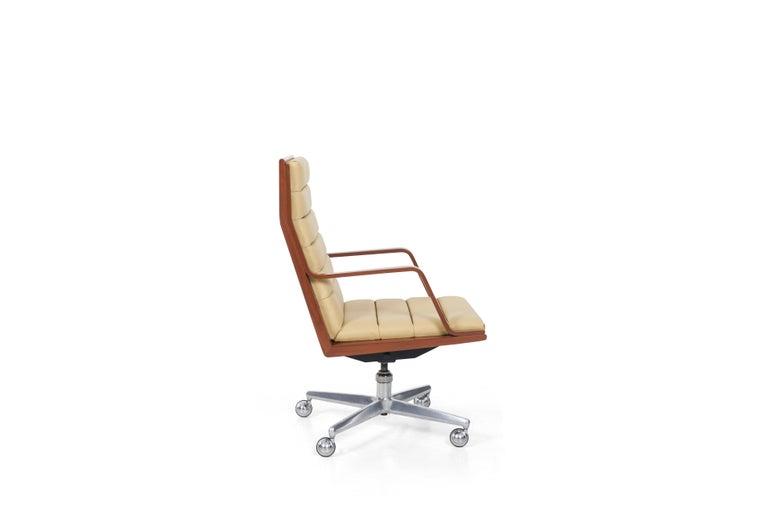 Mid-Century Modern Edward Wormley Executive Desk Chair For Sale