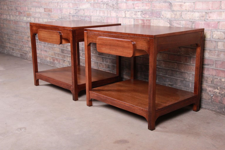 Edward Wormley for Drexel Precedent Mid-Century Modern Nightstands, Refinished In Good Condition For Sale In South Bend, IN