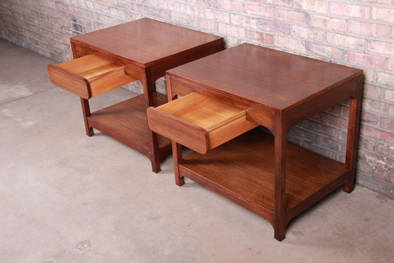 Edward Wormley for Drexel Precedent Mid-Century Modern Nightstands, Refinished For Sale 2