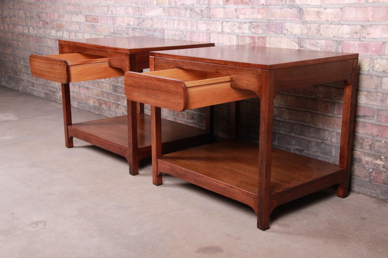 Edward Wormley for Drexel Precedent Mid-Century Modern Nightstands, Refinished For Sale 3