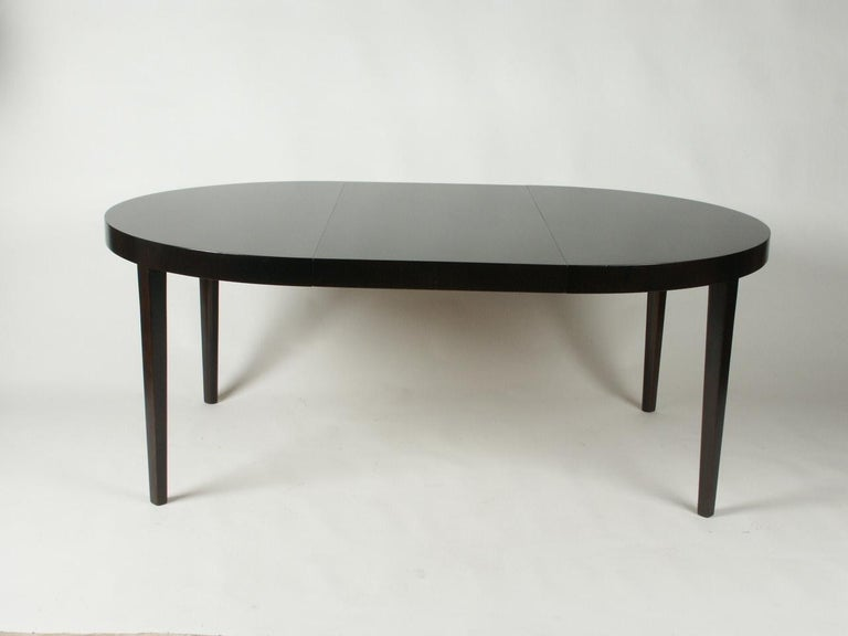 Stained Edward Wormley for Dunbar 1940s Round or Oval Dining Table For Sale