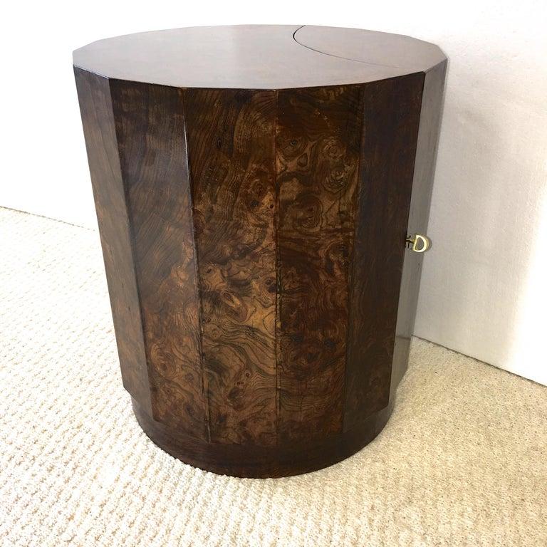 Edward Wormley for Dunbar #6302C Pedestal Drum Bar Cabinet For Sale 12