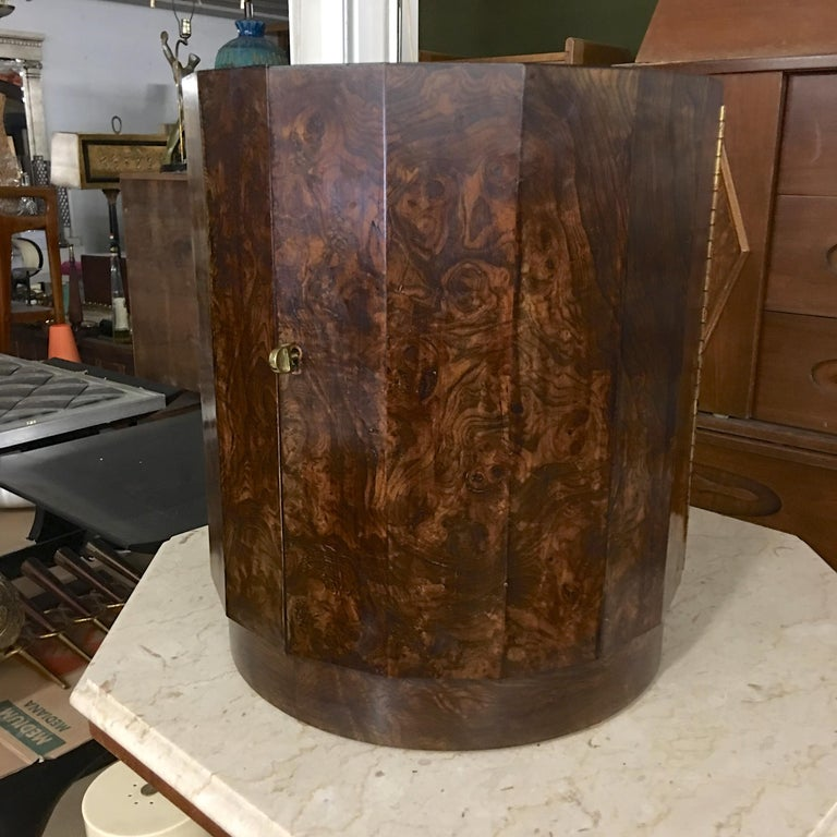Edward Wormley for Dunbar #6302C Pedestal Drum Bar Cabinet For Sale 13