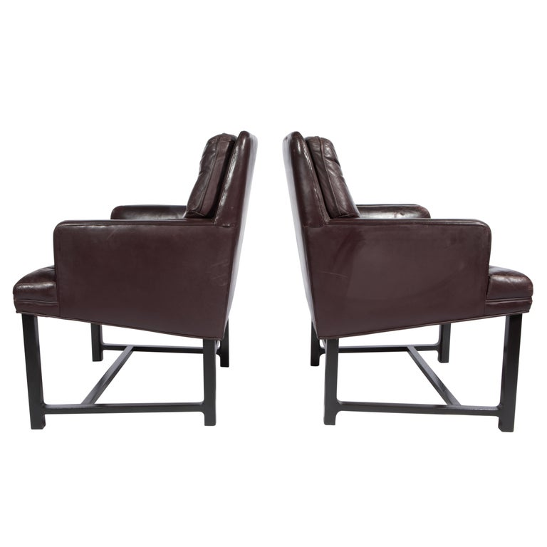Edward Wormley for Dunbar Armchairs with Original Leather, circa 1960s For Sale 2