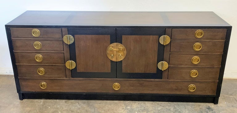 Edward Wormley for Dunbar Cabinet / Credenza in Mahogany and Walnut For Sale 1