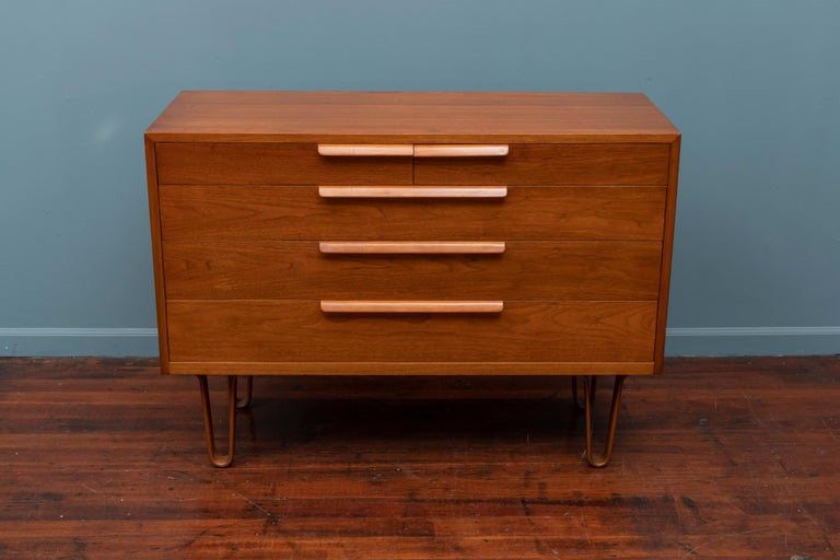 Mid-Century Modern Edward Wormley for Dunbar Chest of Drawers For Sale